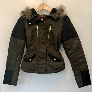 DIVIDED By H&M Puffer Jacket With Fur Hood   4
